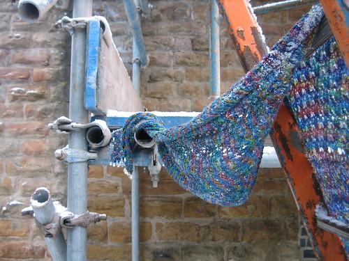scaffold stole close