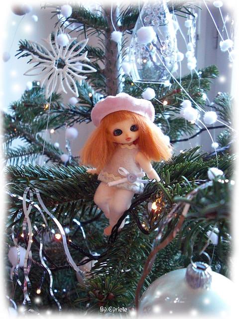 Mes BJD - Clémentine et l'arbre de Noël P.2 UP! 5256839723_e934084d98_z