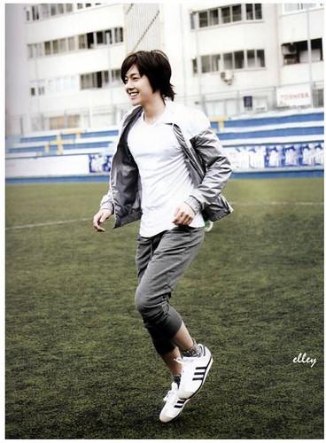"Kim Hyun Joong ""Ready, Action!"" Spain Photobook 8"