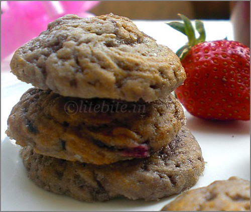 Easy Eggless Strawberry drop Cookies