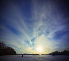 Rutbeek @ -9 graden Celcius.............COLD! (Borretje76) Tags: blue winter panorama cold netherlands dutch clouds blauw sony sneeuw sigma 1020mm enschede zon twente a300 rutbeek explored highestever sonya300 gupr borretje76