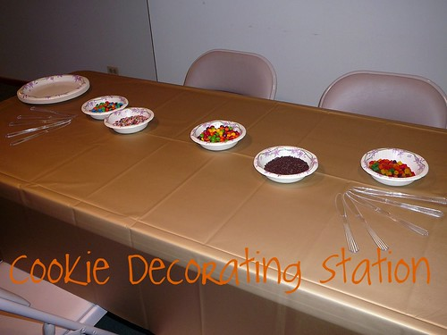cookie exchange decorating station