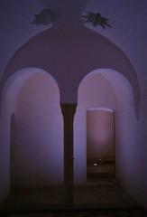 Baos cristianos del Almirante. Valencia (Trix: Pierre qui roule .......) Tags: valencia fotosencadenadas almirante arco estrella modernismo doble baos penumbra cristianos neomudjar