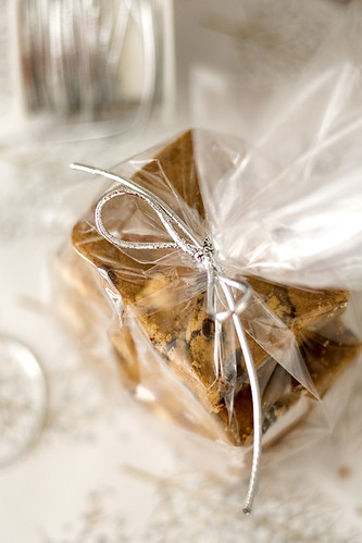 chocchip_gingerbread_bars_02