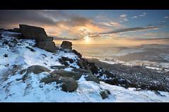 Baslow Edge - Christmas Day sunset #1 (Paul Newcombe) Tags: uk winter sunset england snow cold landscape evening nationalpark rocks derbyshire peakdistrict wideangle christmasday gritstone 1024 curbaredge northeastderbyshire