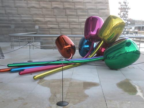 Guggenheim tulips