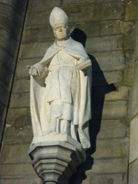 ローマ法王の像のフリー写真素材