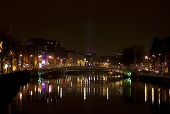 The Ha'penny Bridge Dublin (Liffey Bridge) also (Wellington Bridge) (Keith Dixon) Tags: bridge pink blue red sky black green water beautiful see moving big amazing view large newyear liffey blink 31st supershot abigfave colorphotoaward mirrorser strikingexploreanddiscoversomeofflickrsfinest