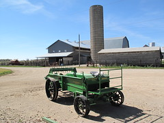 a good tractor (birchloki) Tags: ohio sky tractor barn rural farm barns silo amish farms silos tractors deere johndeere edon amishfarm edonohio