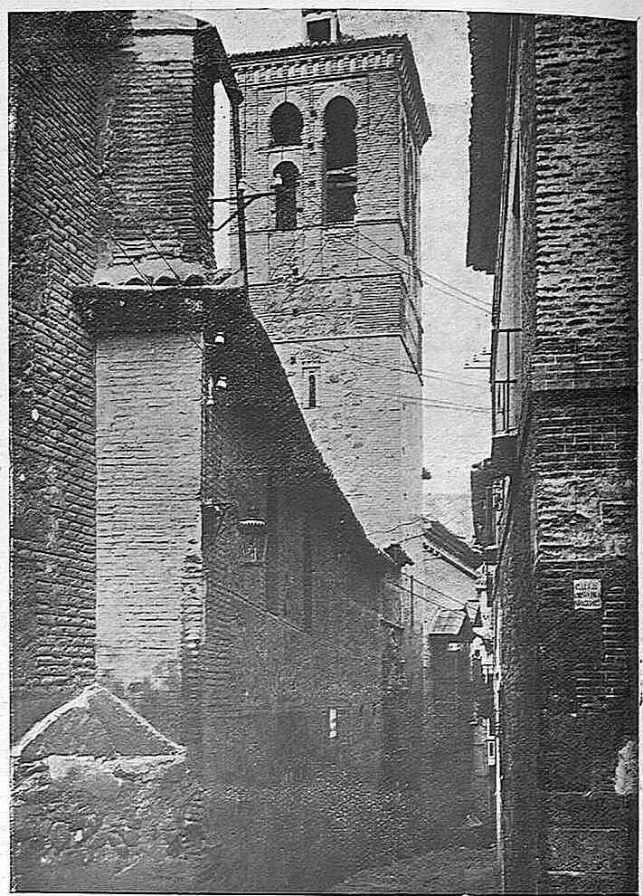 Iglesia de la Magdalena hacia 1925. Fotografía de Narciso Clavería publicada en la revista Toledo en noviembre de 1925