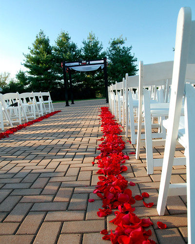 Rose Hill Manor Ceremony by Diamond Events