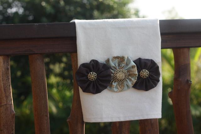 Rustic Blooms - Hand Towel