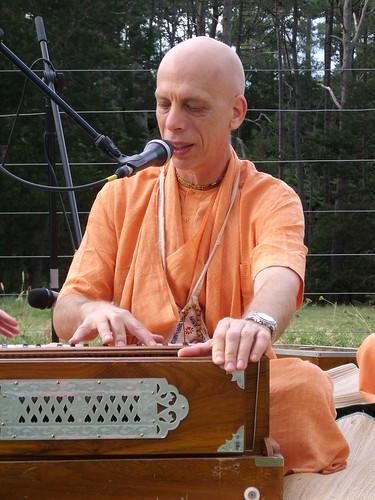 hh prahladananda swami