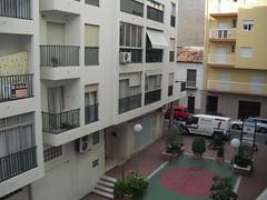 situado a 2 min. de la playa y pleno centro. Les atenderemos en su agencia inmobiliaria de confianza Asegil en Benidorm  www.inmobiliariabenidorm.com