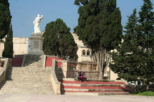 Photos of Monuments and Statues Malta Gozo