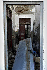 Puerta (Guillelclp) Tags: door old house abandoned casa puerta vieja abandonado
