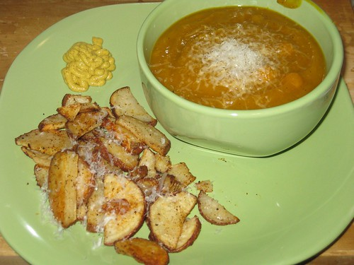Pumpkin soup & oven-roasted potatoes