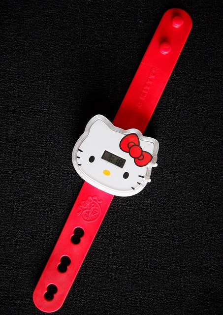 new Hello Kitty watch! Special thanks to MAPow for mentioning that Hello