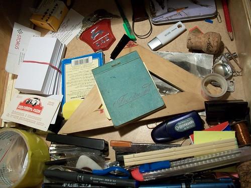 В ящике стола