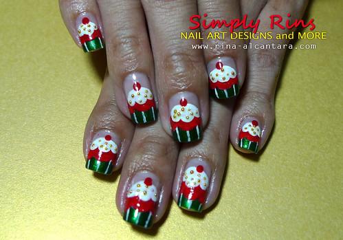 Christmas Nail Art Cupcakes 04