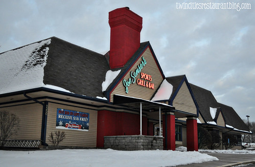 Joe Senser's Sports Lounge ~ Roseville, MN