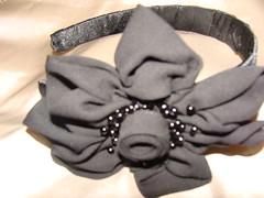 CINTILLO (PAREMI) Tags: tiara adorno mujer flor fuxico diadema collar pelo tela tecido kanzashi alfiler cintillo