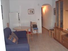 salón comedor amplio completamente amueblado. Consulte precio a su inmobiliaria en Benidorm, Asegil www.inmobiliariabenidorm.com
