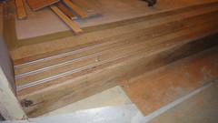 20101215-即將被退貨的木地板