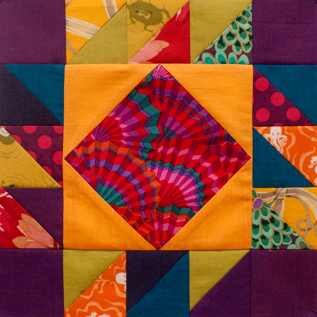 Buzz Saw: Modern Tradition Quilt Bee
