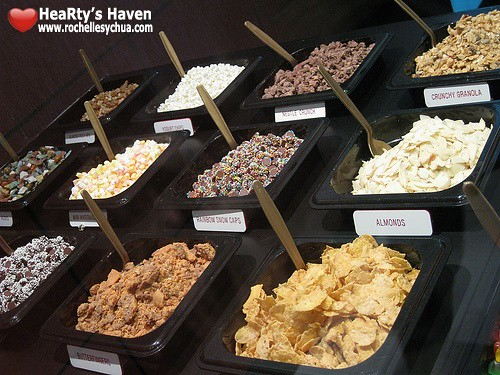 golden spoon toppings