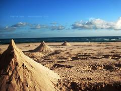 (Maryam Omar) Tags: sea sky beach water canon omar maryam 2010