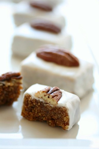 Pecan Cookies (Mkhabez)