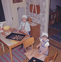 Jul christmas 1963 (Ankar60) Tags: christmas old family girls kitchen girl barn vintage children design kid 60s sweden interior gingerbread swedish clothes sverige 1960s jul