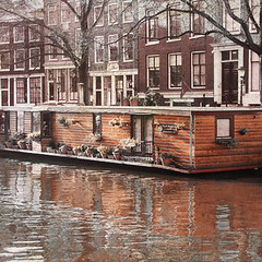 houseboat (balanced.crafts) Tags: amsterdam houseboat