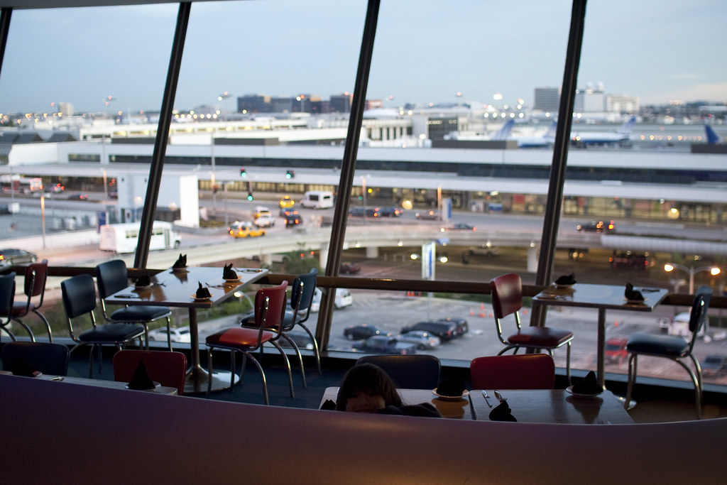 Cafe Encounter in Los Angeles International Airport