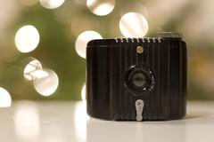 [do the evolution] (.cascata.) Tags: camera baby film vintage photography lyrics kodak bokeh small mini bakelite pealjam babybrownie 155365