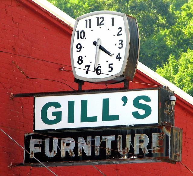 Gill's Furniture sign - Erin, TN
