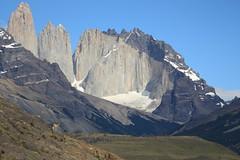 Day 10: Guanaco (tik_tok) Tags: chile camping patagonia latinamerica southamerica trekking canon walking landscape hiking torresdelpaine guanaco lastorres amarga magallanesregion unescobiospherereserve últimaesperanzaprovince magallanesandantárticachilenaregion magallanesylaantárticachilenaregion