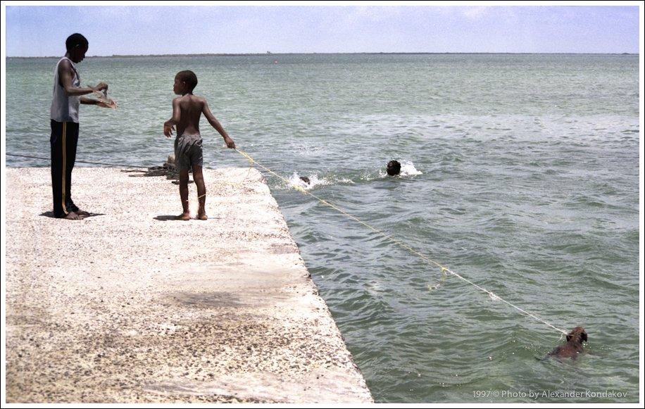 Islands of  Antigua and Barbuda 2007 © Photo by Alexander Kondakov