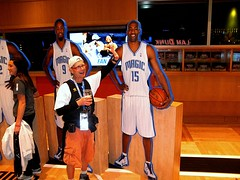 Vince Carter (alphatrek) Tags: shoes downtown newyorkknicks orlandomagic orlandoflorida vincecarter dwighthoward amwaycenter