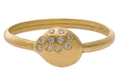 Wedding rings by Natasha Collis-6