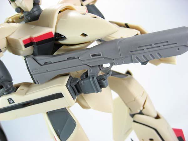 Yamato 1/60 YF-19 Battroid mode