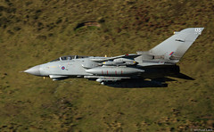 RAF Panavia Tornado GR4 ZG777/135; 15 (R) Squadron, RAF Lossiemouth, Moray (Michael Leek Photography) Tags: panaviatornado panavia tornado tornadogr4 raf michaelleek michaelleekphotography raflossiemouth 15squadron fastjet militaryaviation militaryaircraft militaryjet lowlevel lowflying flight aircraft aeroplane mountain landscape nato cadeast machloop coldwaraircraft iconicaircraft iconic