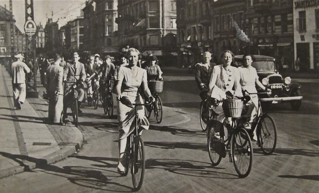 Chic cycling Copenhagen 1938