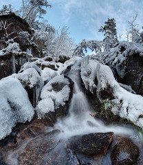 Burn O'Vat waterfall in winter (PC049491) (Mel Stephens) Tags: uk longexposure winter panorama snow water weather landscape geotagged scotland waterfall long exposure aberdeenshire panoramic falls burn le gps vat scape stitched hdr 2010 cairngorms ptgui burnovat ovat