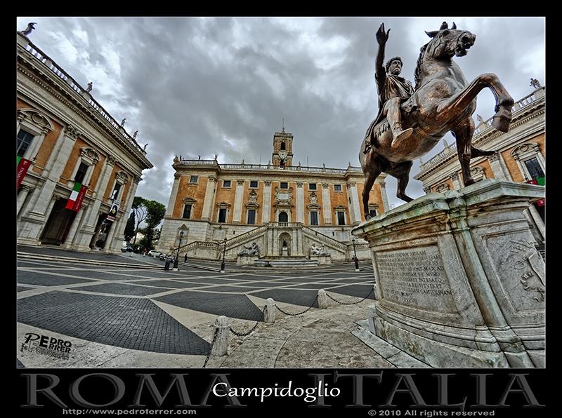 Roma - Plaza del Campidoglio - Marco Aurelio y Ayuntamiento