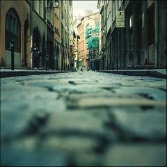 down town (millan p. rible) Tags: street france 120 tlr film rollei rolleiflex mediumformat downtown lyon kodak candid kodakportra400vc stranger mf cinematic twinlensreflex schneiderkreuznach brucegilden