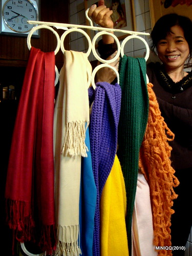 20101216 彩虹圍巾_04 my Mom