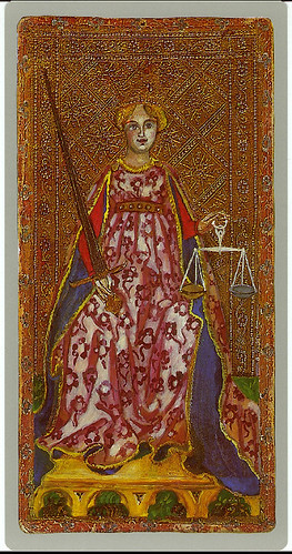 004-La justicia -Cary-Yale Visconti Tarot Deck