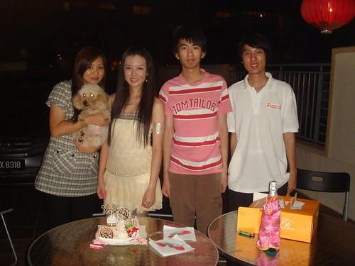Mom,Hippy,Chee Li Kee,Theng Jian,Theng Jee